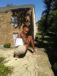 Sexy Petite Caramel Ebony!!!!!!!!!