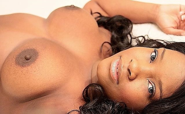 **ULTIMATE EBONY GFE**